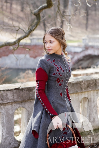 exclusive-woolen-coat-red-riding-hood-8