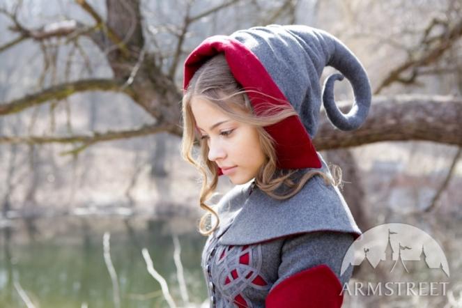 exclusive-woolen-red-riding-hood-headwear-1